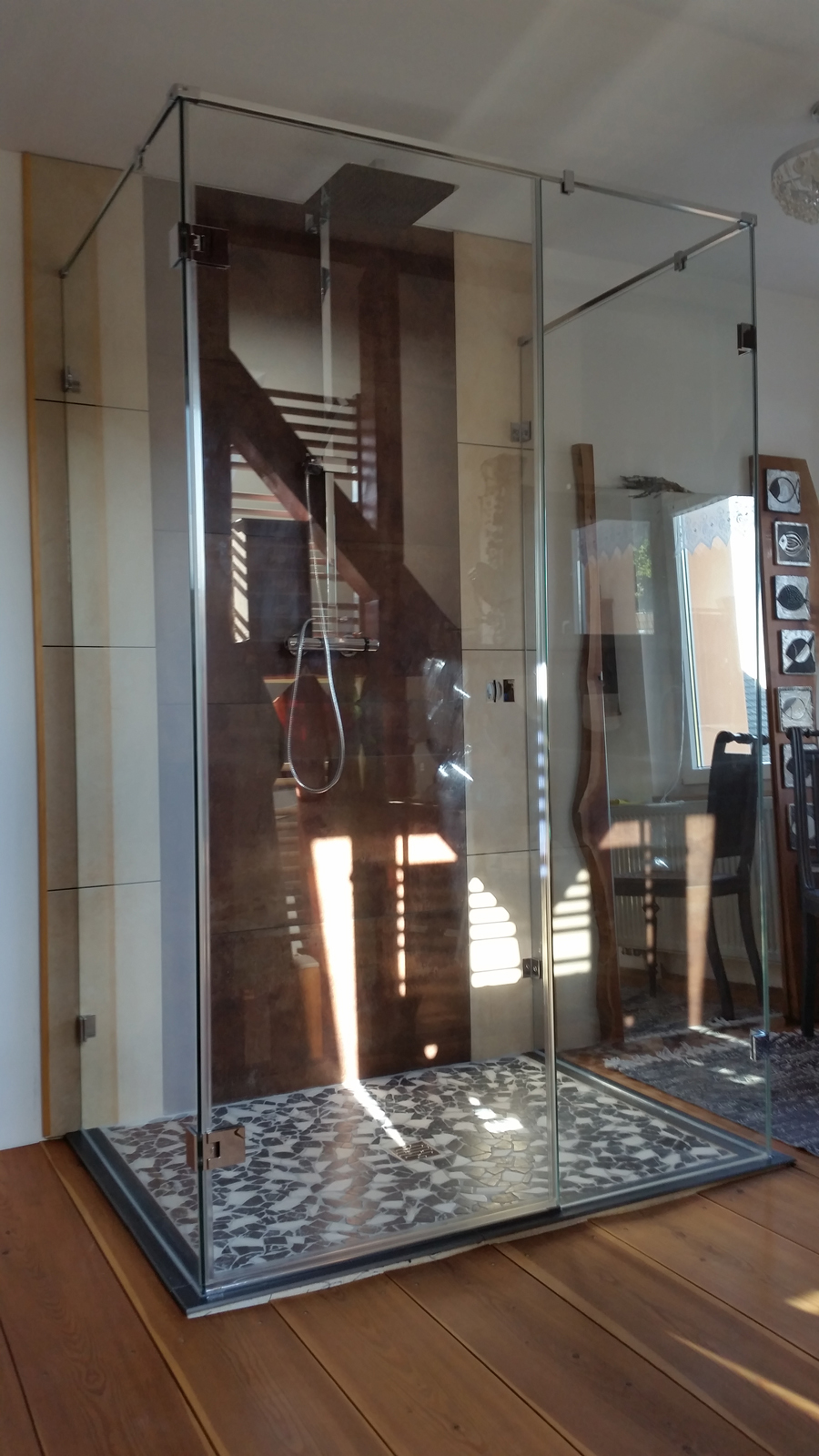 U-Dusche in Kombination mit Holzboden