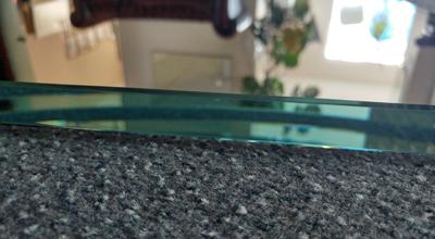 verspiegeltes Weißglas Detailansicht