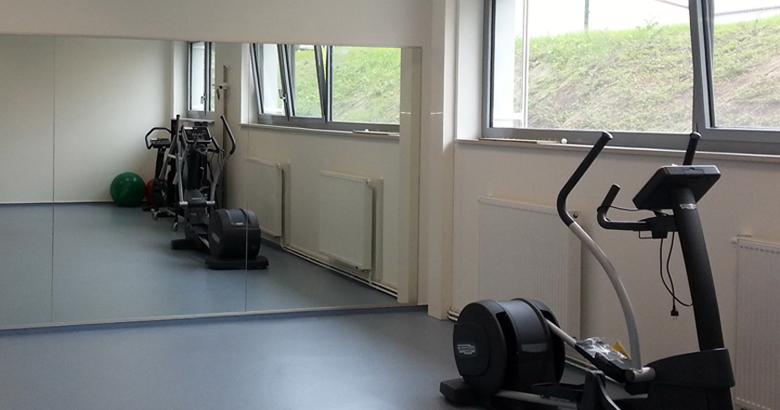 Spiegelwand in Sport/Fitnessraum