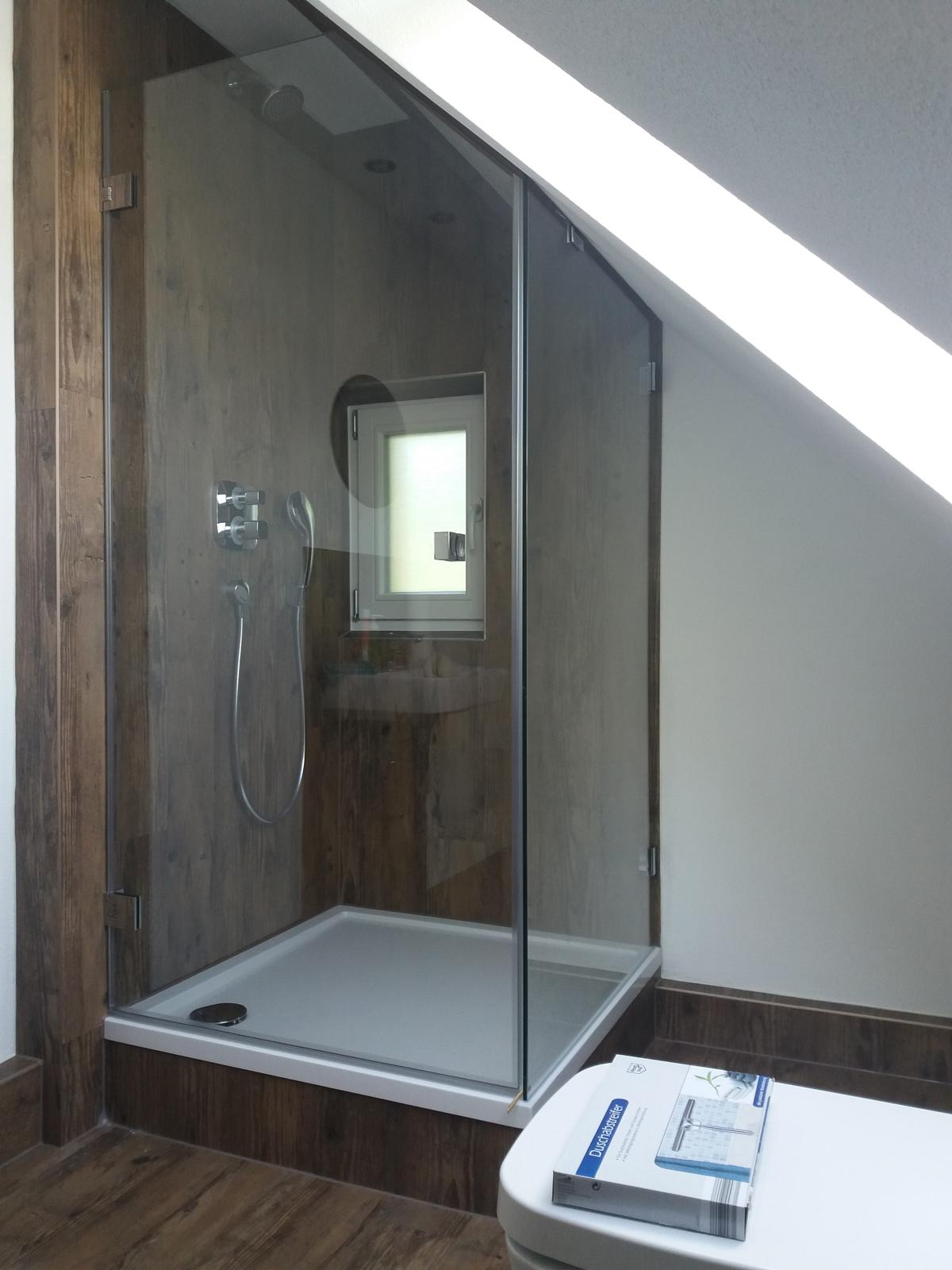 Sonderlösungen, Duschabtrennung Dachgeschoss, Duschabtrennung