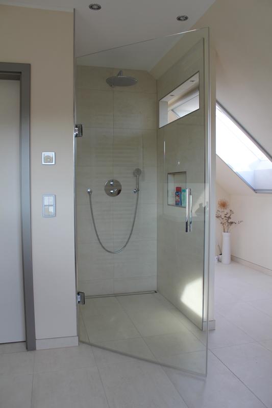 Duschabtrennungen, Glasduschen, Duschabtrennungen aus Glas ...