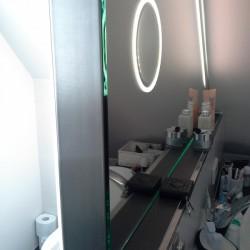Badspiegel Dachgeschoss Detail Kosmetikspiegel