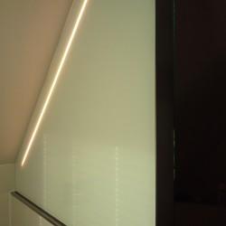 Badspiegel Dachgeschoss Rückseite lackiertes Glast
