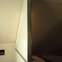 Badspiegel Dachgeschoss Seitenansicht