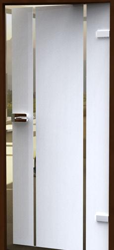Streifen auf Glastür