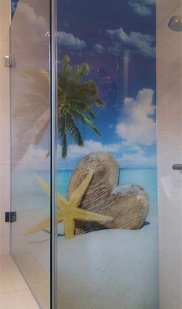 Glasrückwand für Dusche